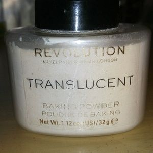 Revolution Translucent Baking Powder